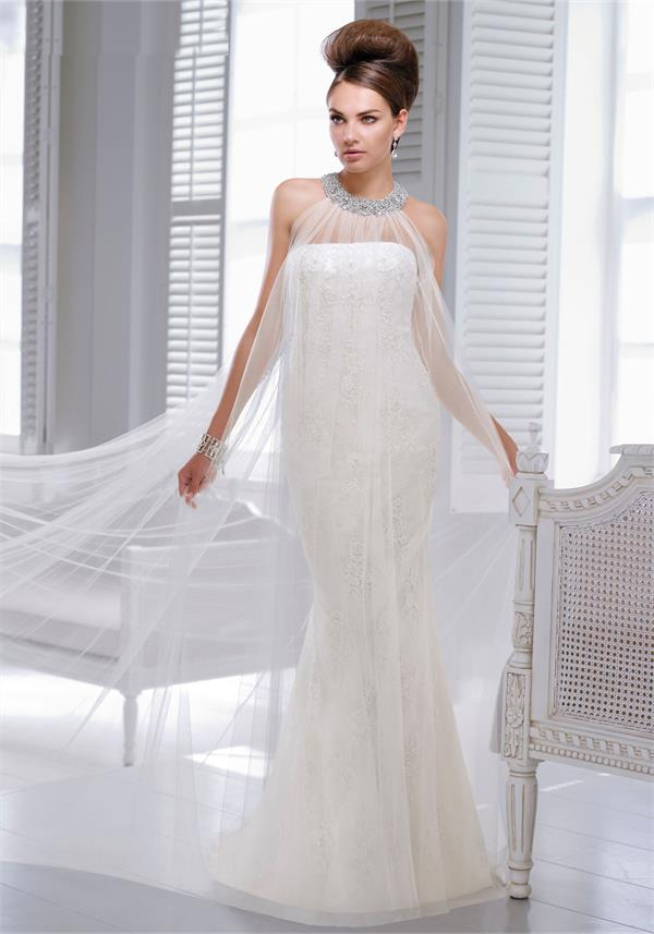 Victoria Jane 17611 8UK Ivory Wedding Dress