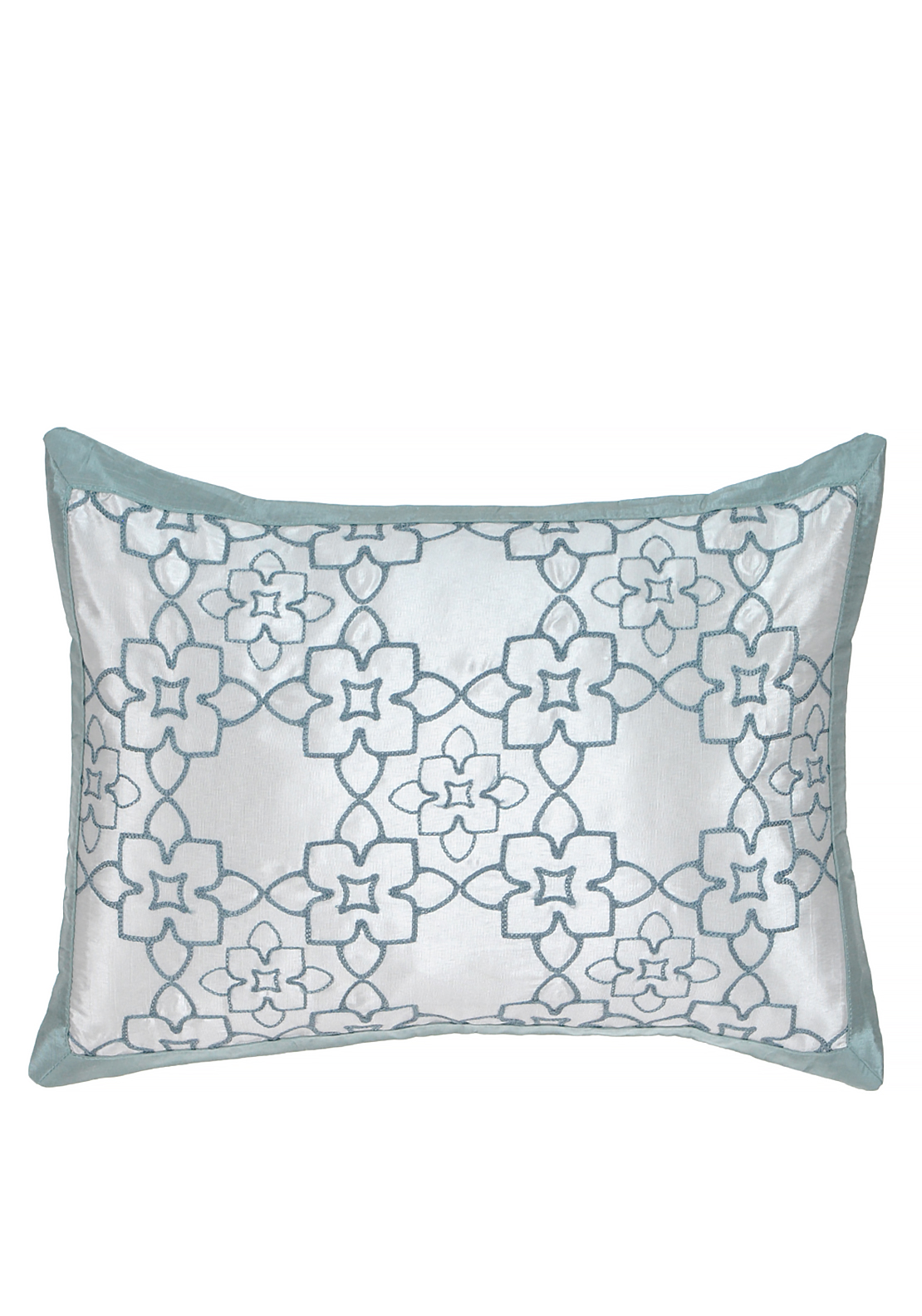 V&A Quatrefoil Oxford Cushion 30X40CM, Light Aqua Blue
