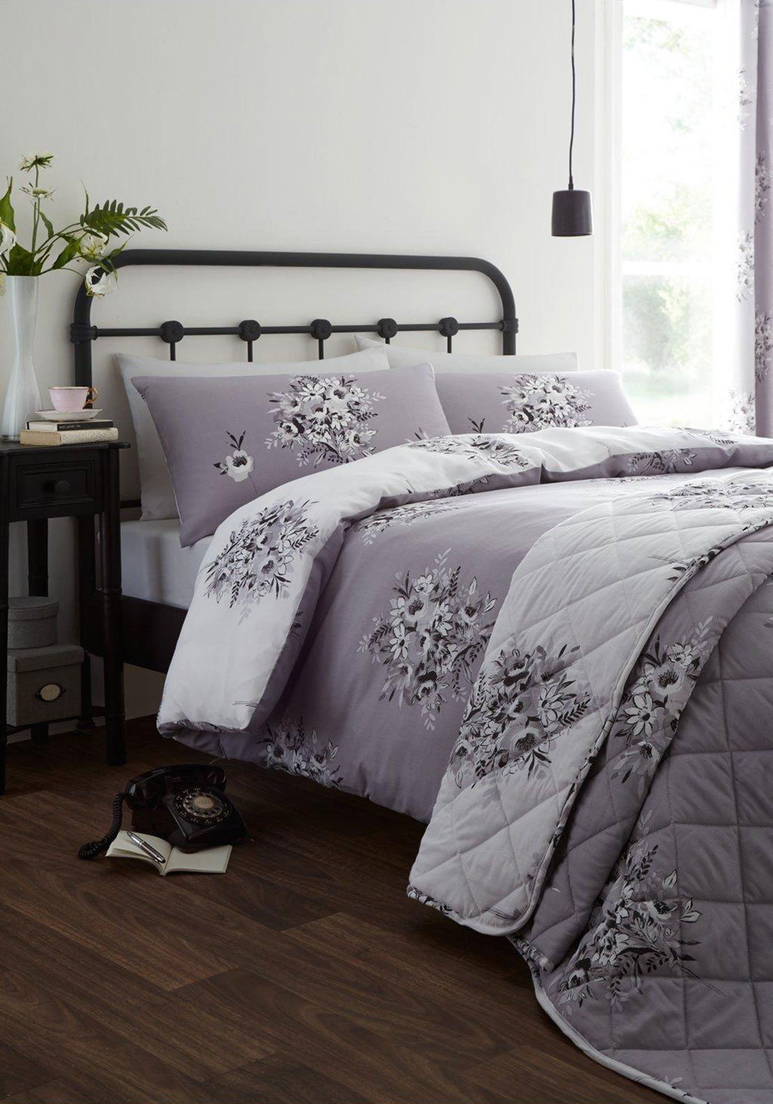 Catherine Lansfield Floral Bouquet Bedspread, 220 x 230cm