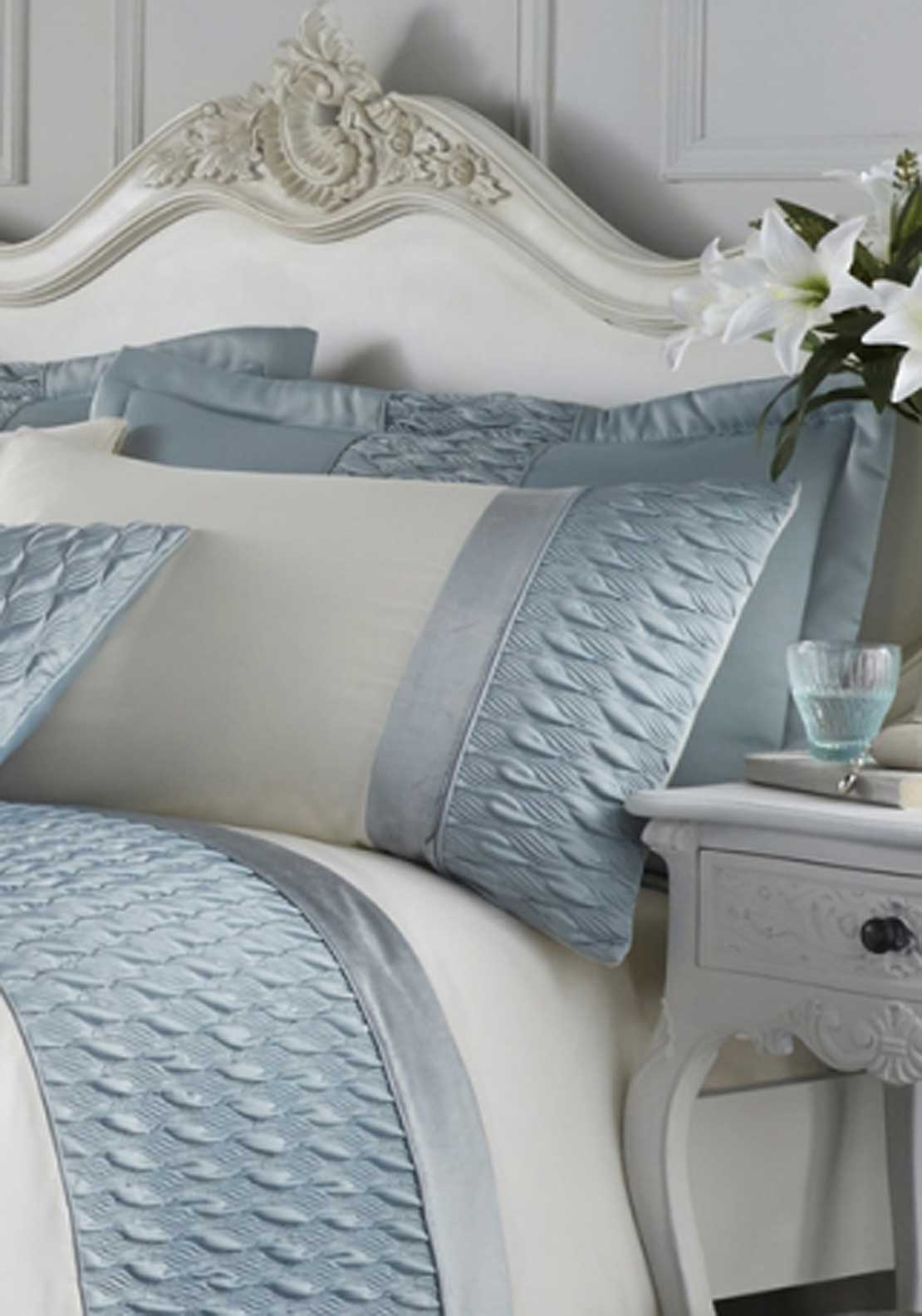 Catherine Lansfield Quilted Luxury Satin Pillowshams
