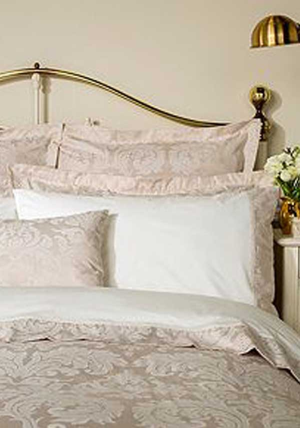Christy Bedlinen Collection Larkin Oxford Pillowcase Pair