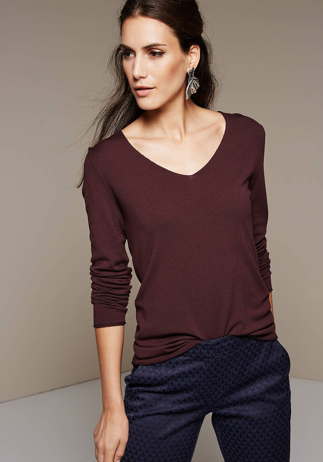 Comma V-Neck Fine Knit Jumper, Deep Wine