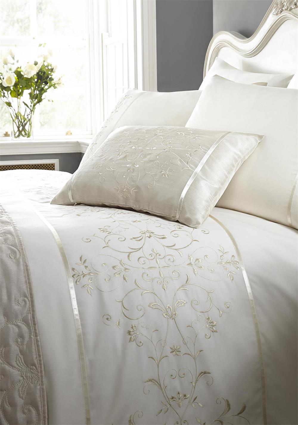 Eleanor James Sutton Duvet Set, Cream