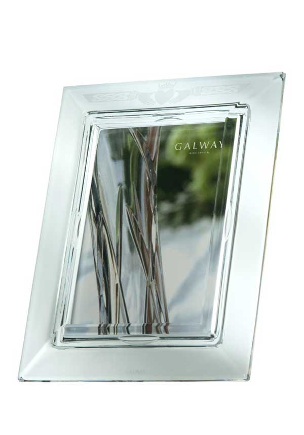 Galway Crystal Claddagh Photo Frame