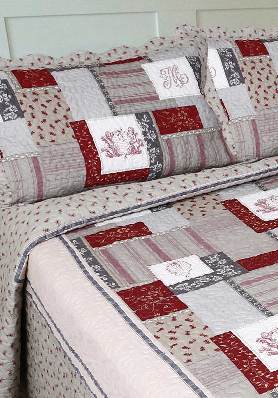 Cocoon Home Chalet Rouge Pillow sham, Red
