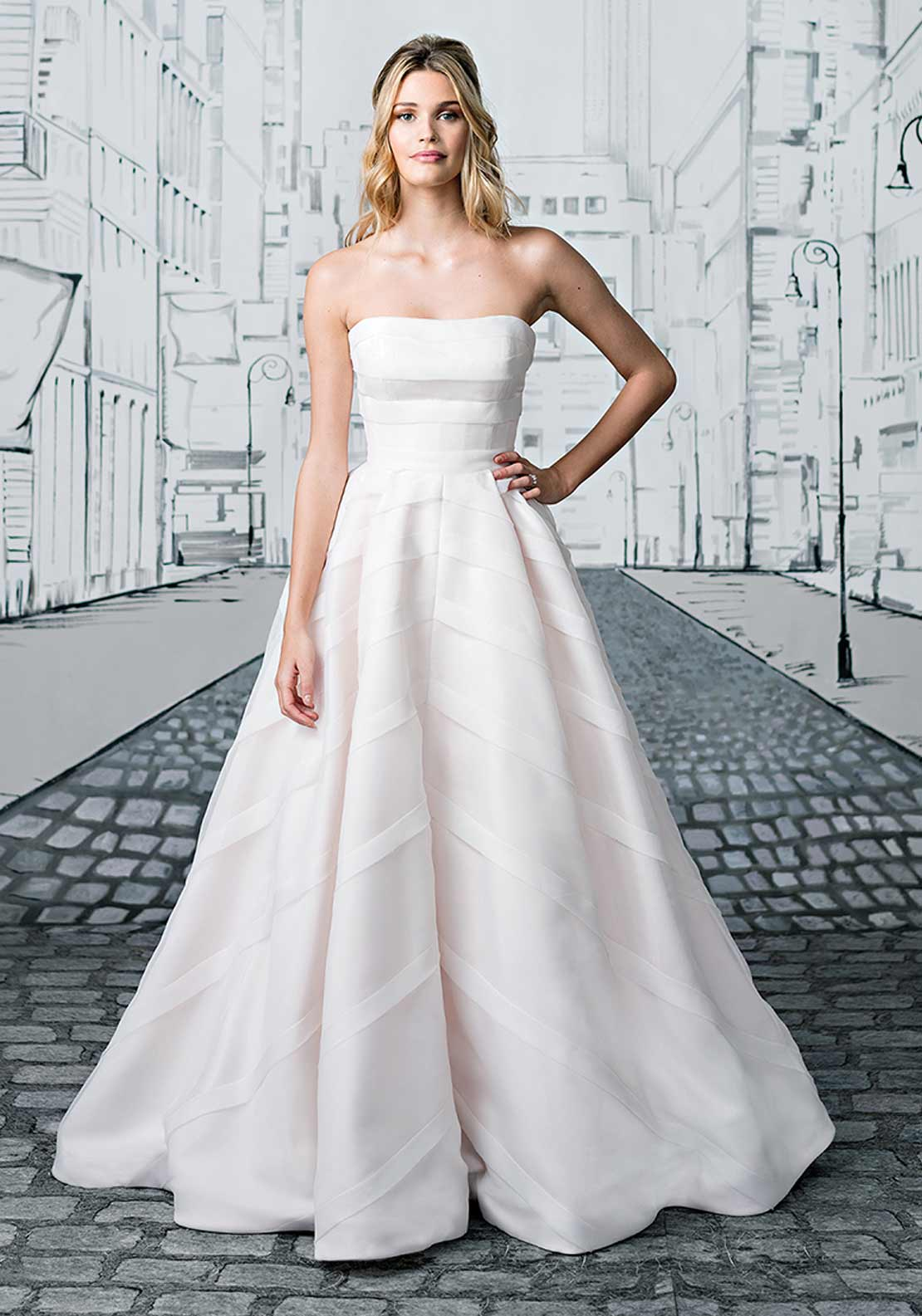 Justin Alexander 8880 Wedding Dress