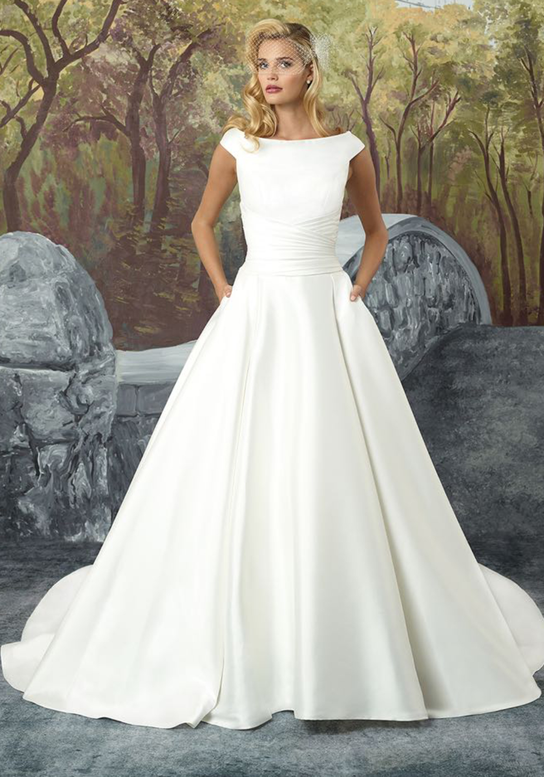 Justin Alexander 8929 Wedding Dress