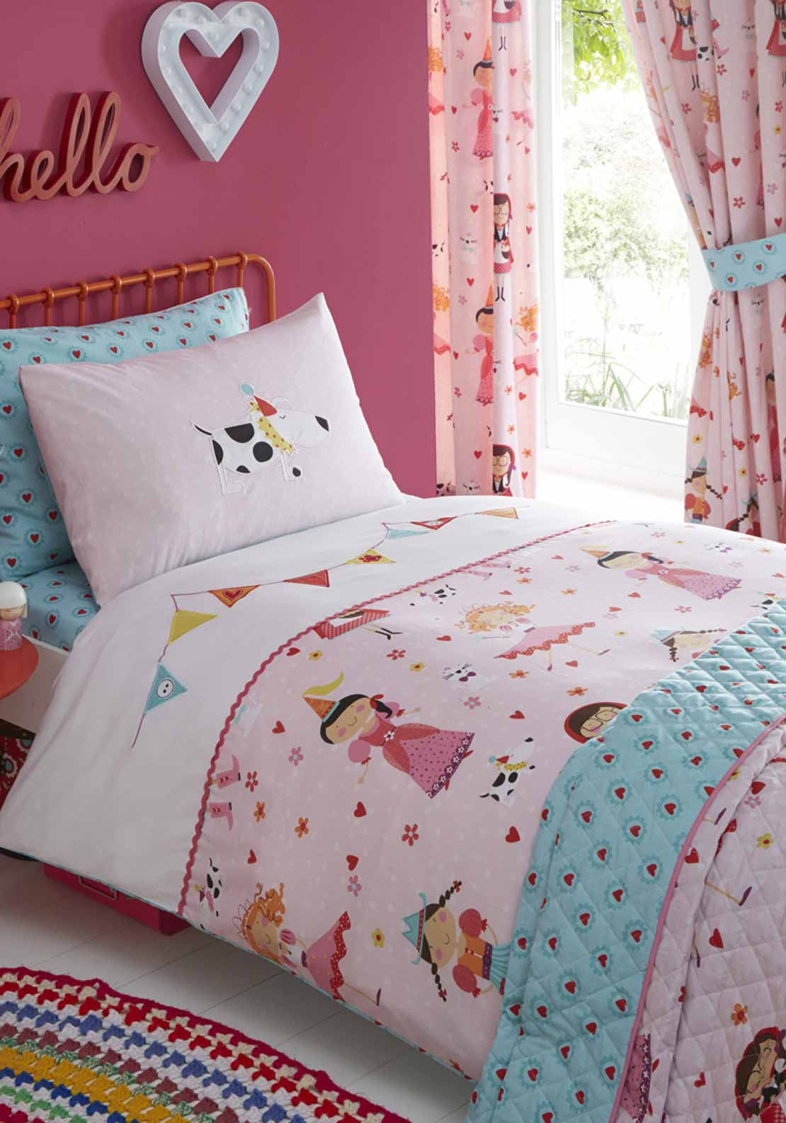Kids Club Dressing Up Duvet Set