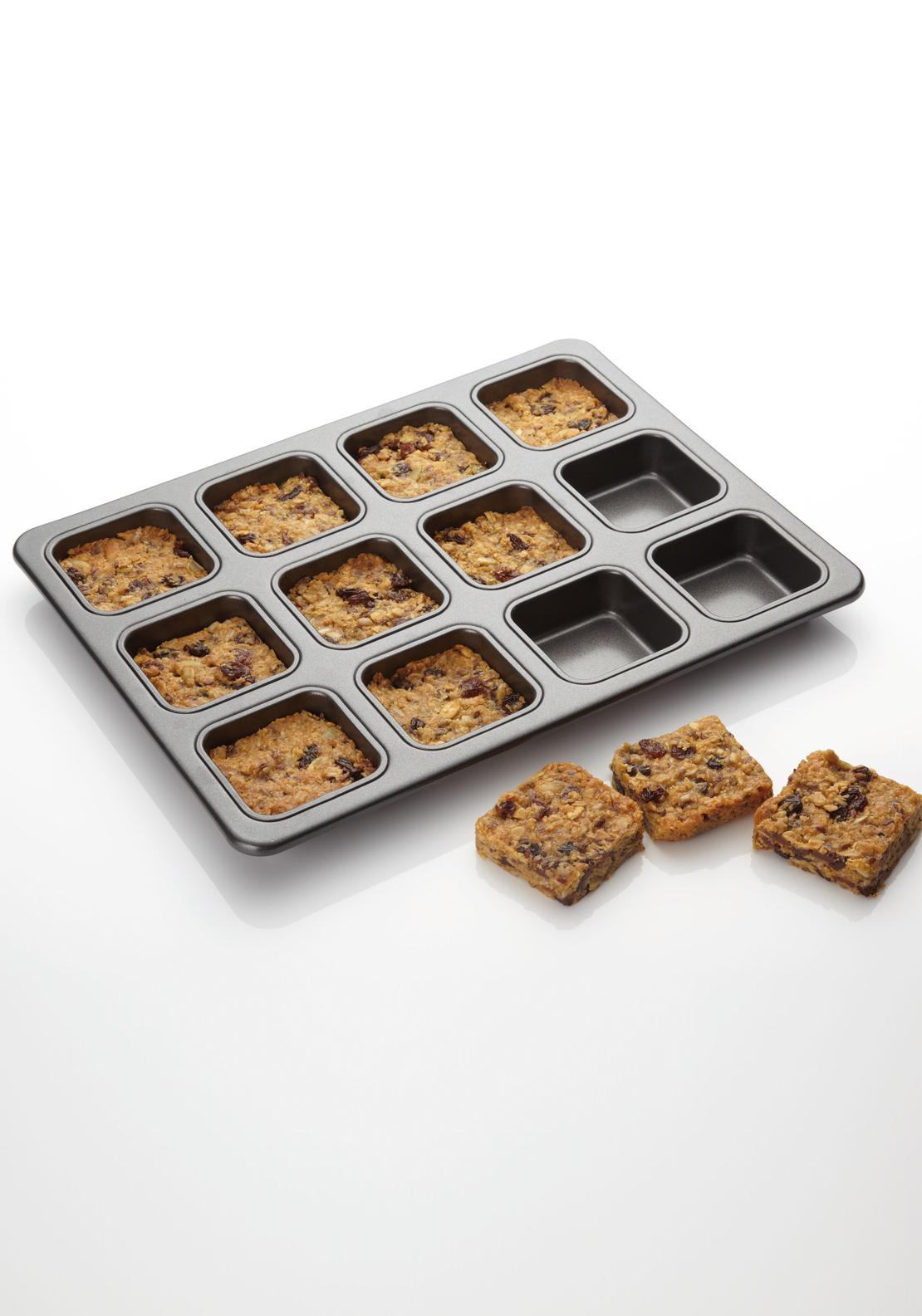 Kitchen Craft 12 Hole Square Brownie Pan