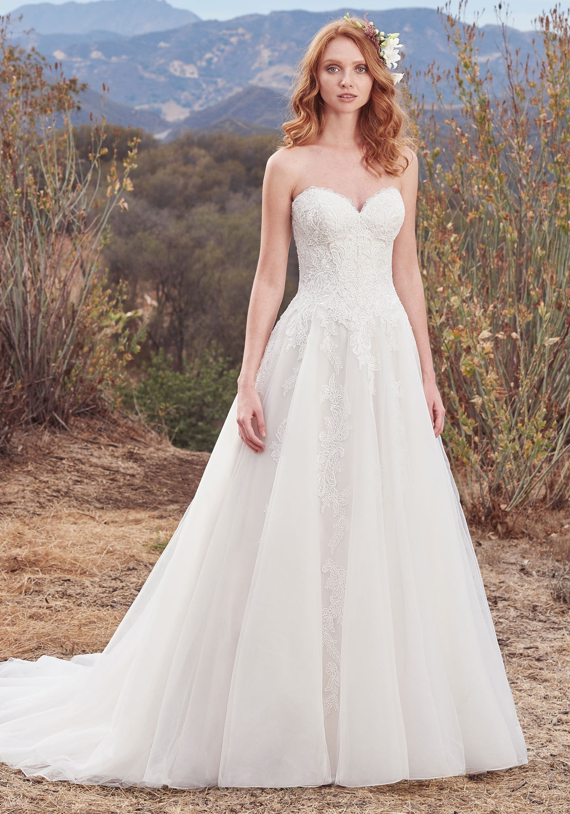 Maggie Sottero Lorelai Wedding Dress, Ivory