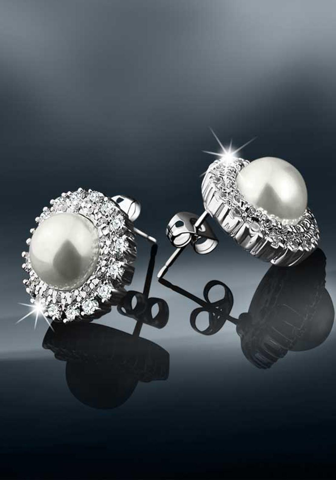 Newbridge Pearl Earrings
