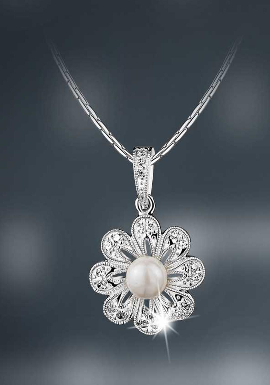 Newbridge Princess Grace Collection Vintage Floral Pendant, Pearl