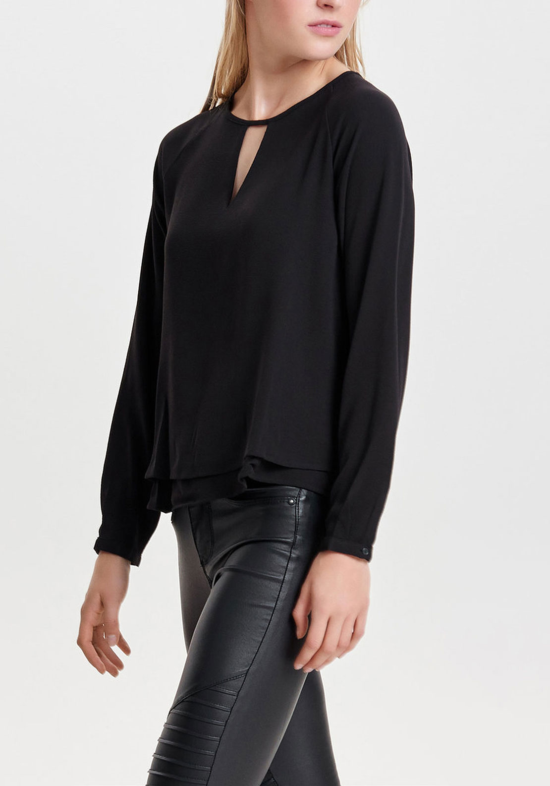 Only Mariana Crepe Top, Black
