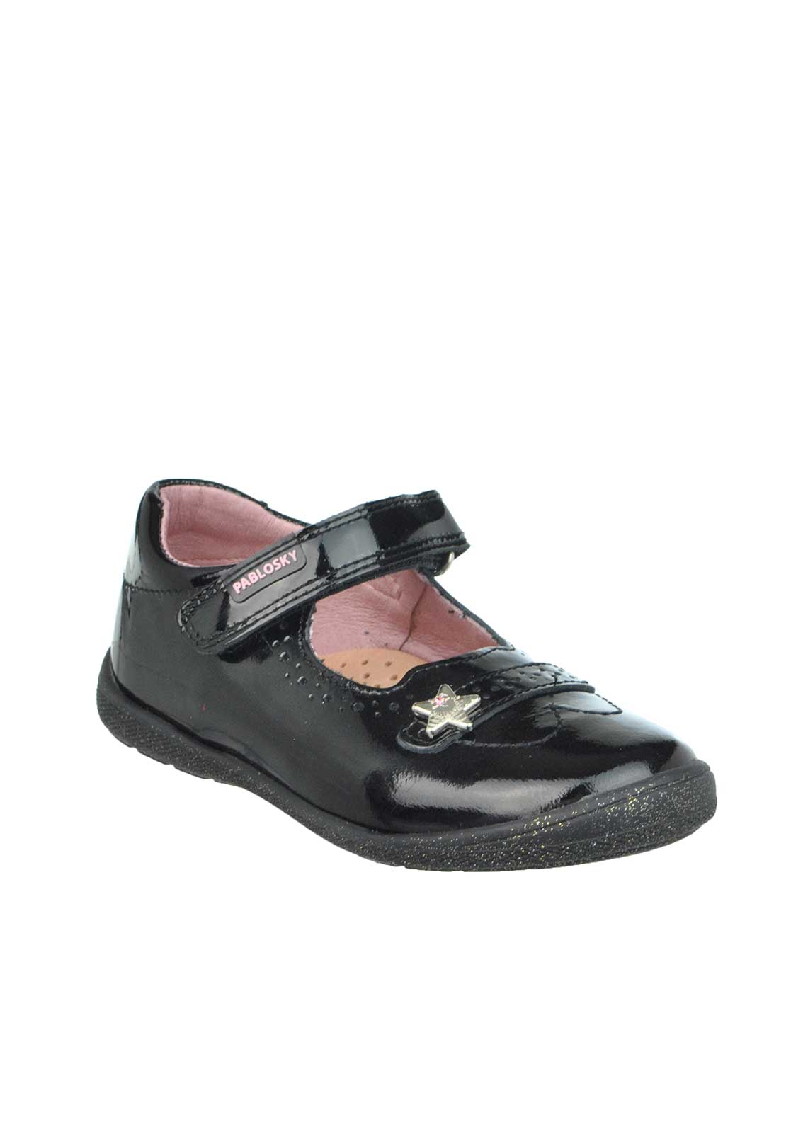 Pablosky Baby Girls Patent Leather Velcro Strap Pumps, Black