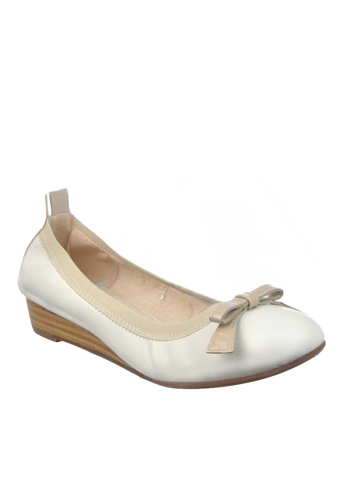 Amy Huberman Bourbon the Lady Eve Bow Wedged Pumps
