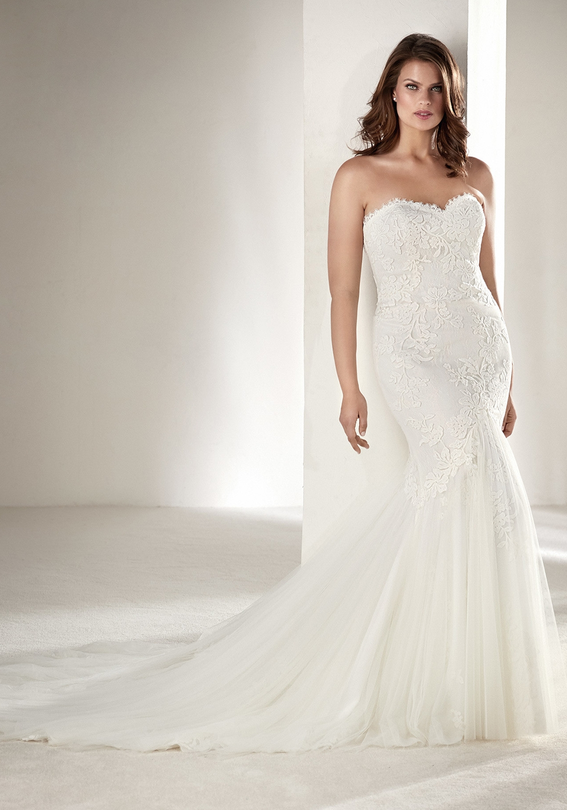 Pronovias Plus Drimea Wedding Dress