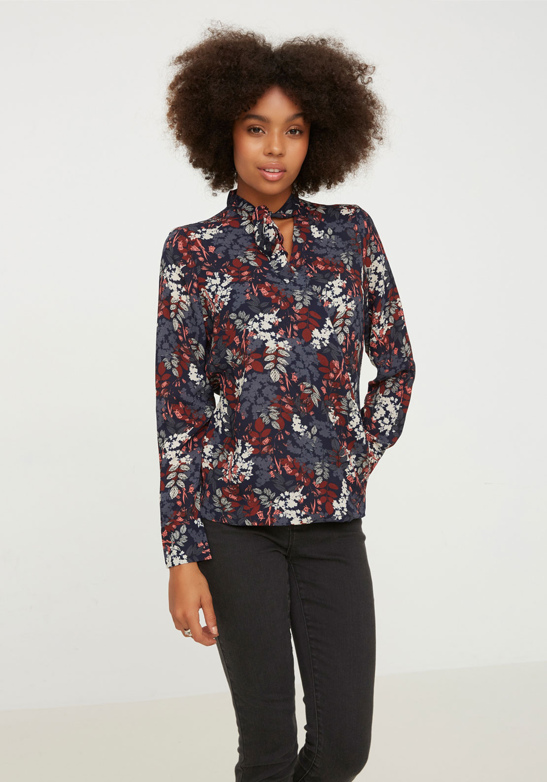 Vero Moda Forrest Pussybow Top, Navy