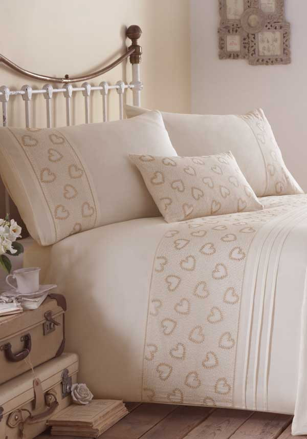 Eleanor James Vintage Hearts Quilted Bed Spread, Cream