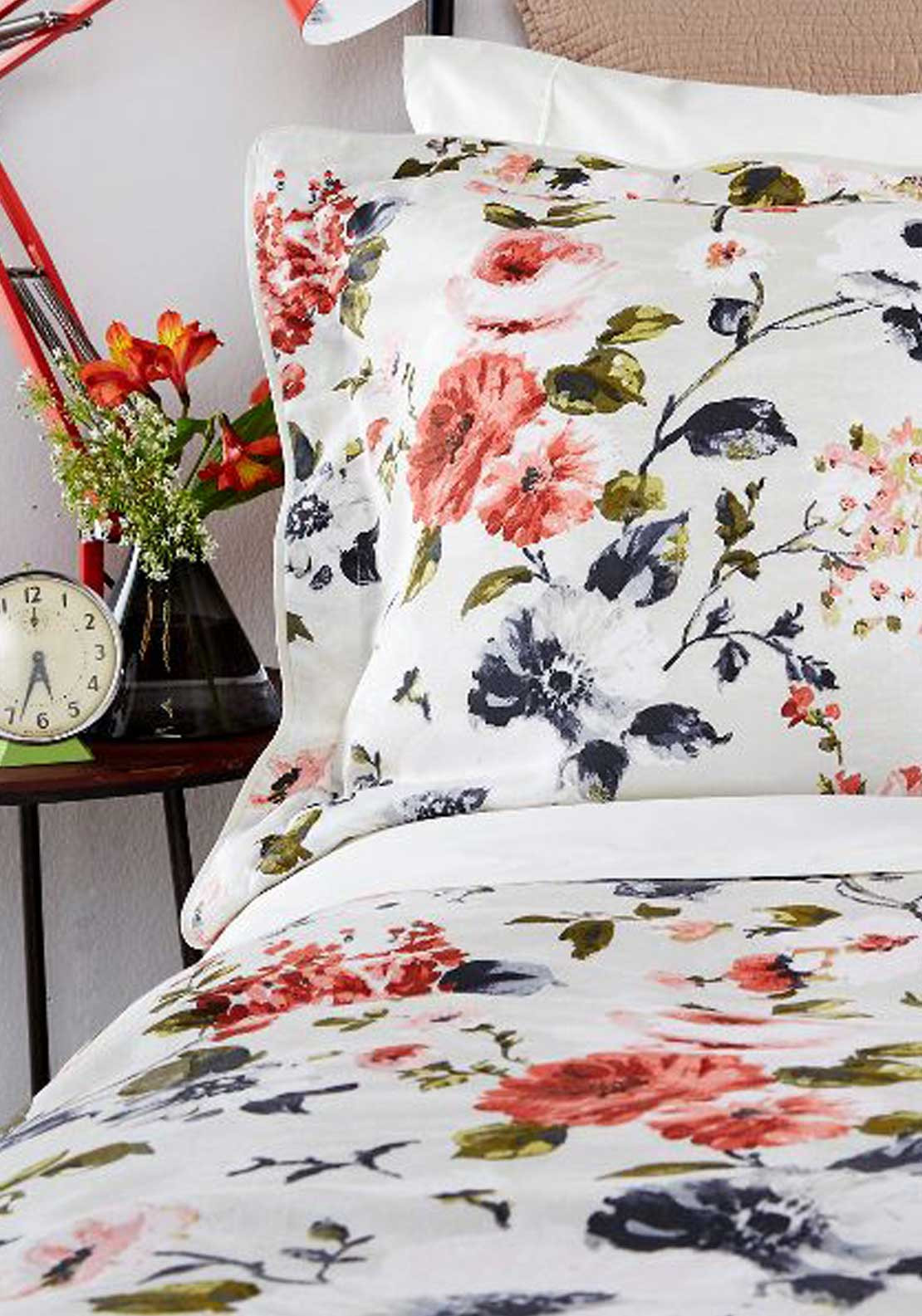 Christy Bedlinen Collection Oxford Pillowcases, Carlotta