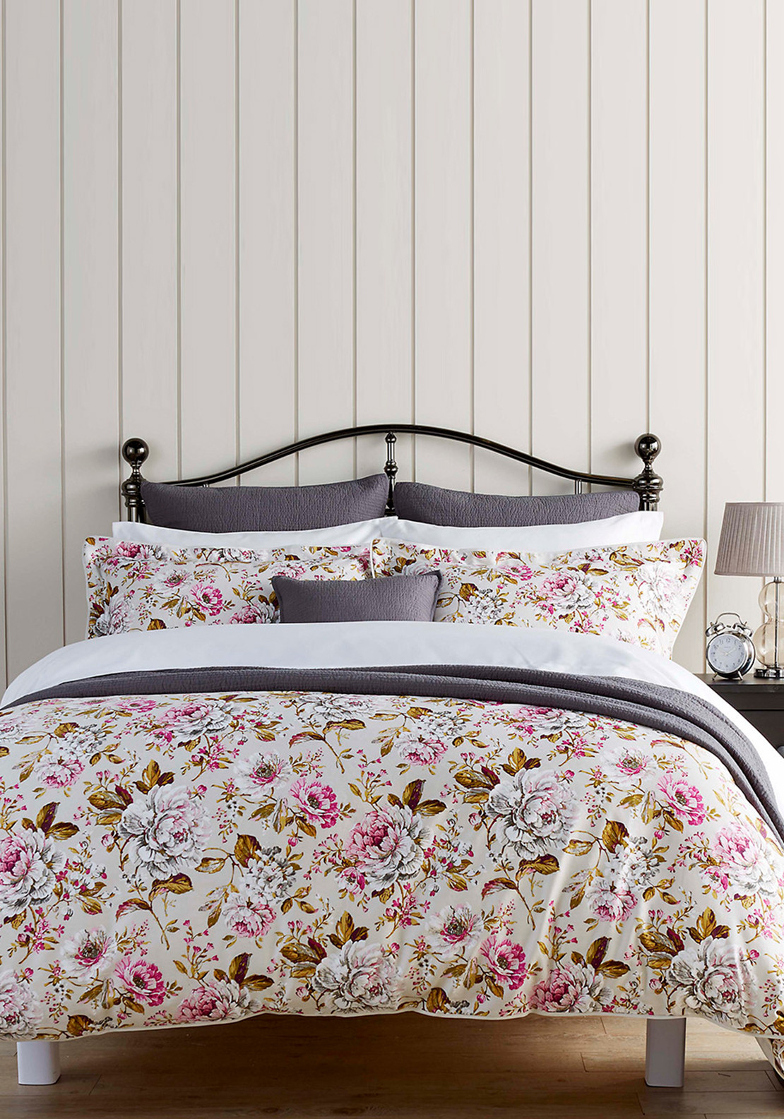 Christy Bed-Linen Collection Classic Rose Duvet Set