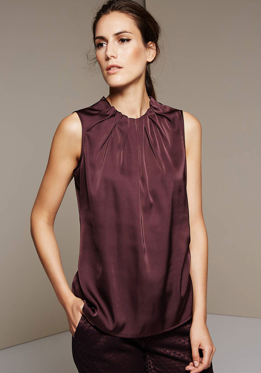 Comma Ruffle Neck Sleeveless Top, Deep Wine