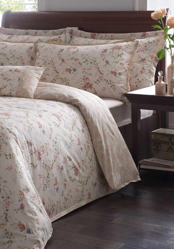 Country Classics Picardy Embellished Percale Duvet Set, Cream