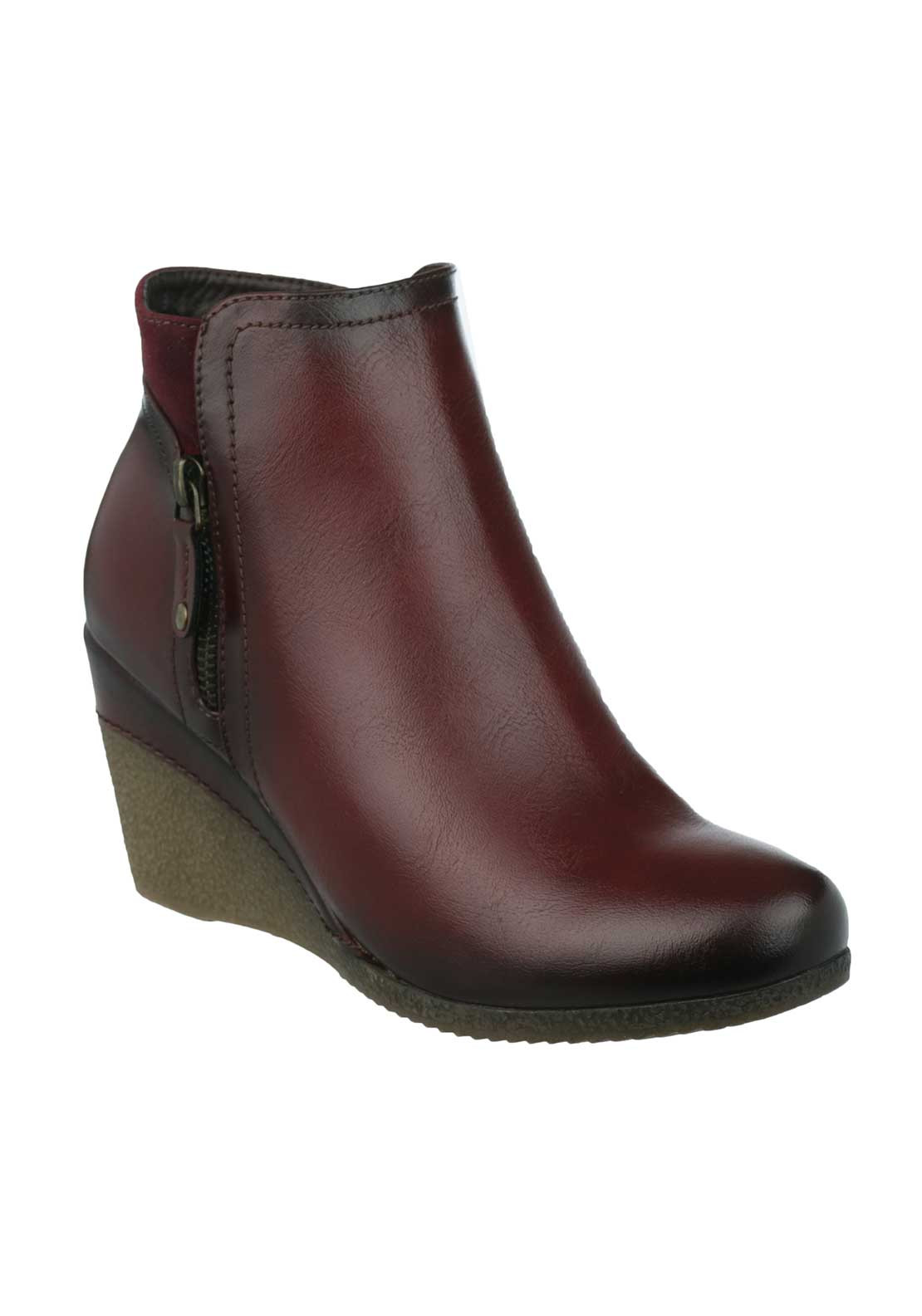 Susst Womens Breezy Wedged Ankle Boots, Wine