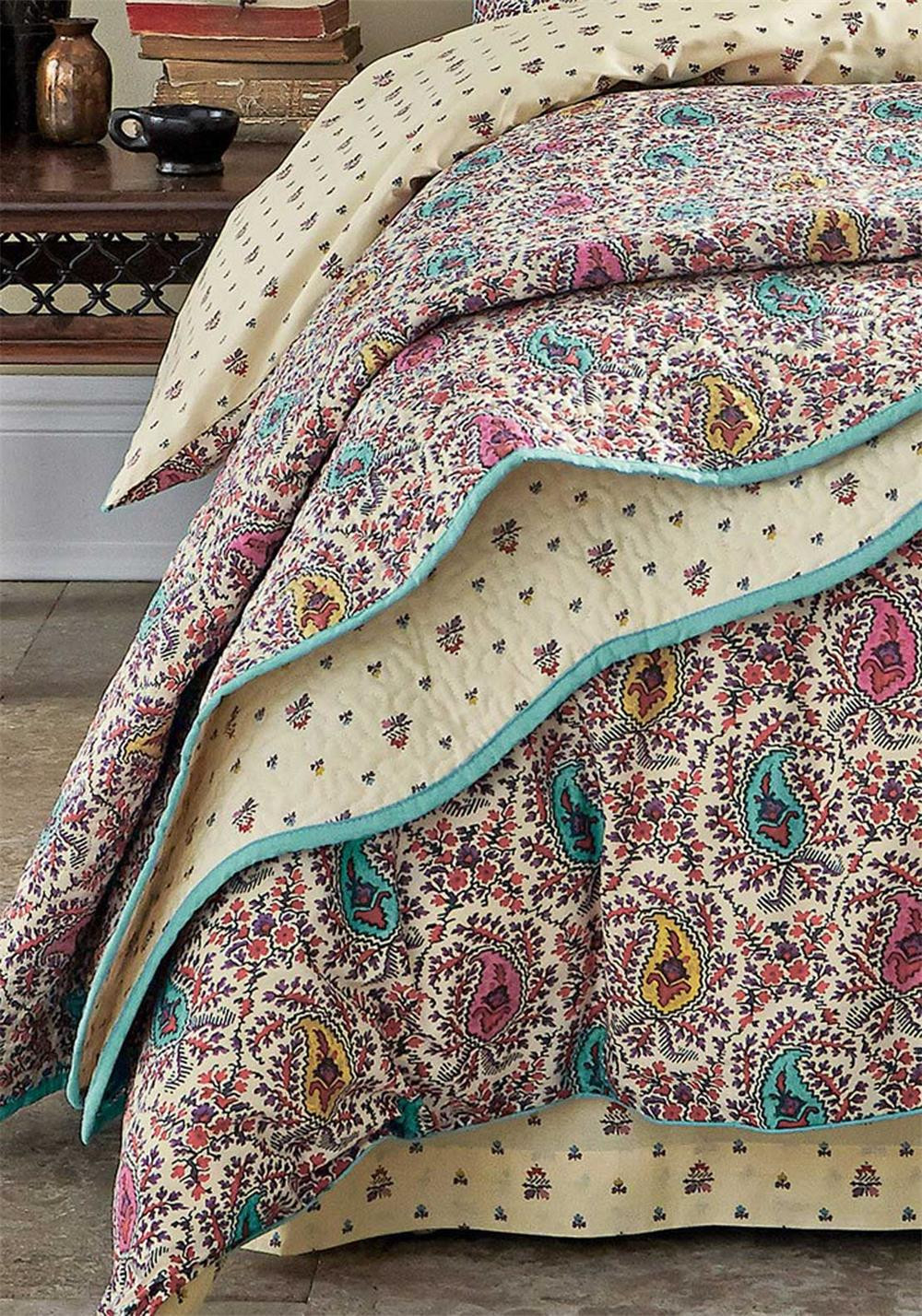 V&A Kashmir Quilted Throw, Multi-Coloured
