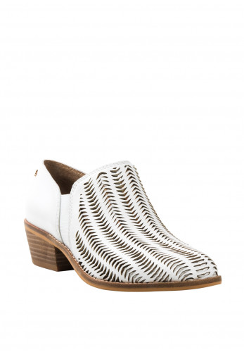 Amy Huberman Vivacious Laser Cut Shoes, White