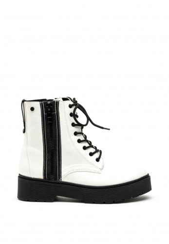 Tommy Bowe Womens Sparkes Lug Sole Patent Boot, White