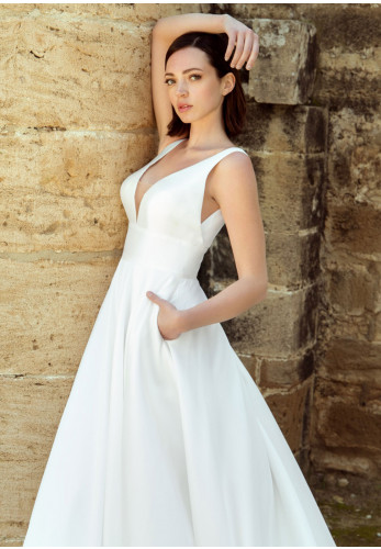 Dando London Costa Rica Wedding Dress, Ivory