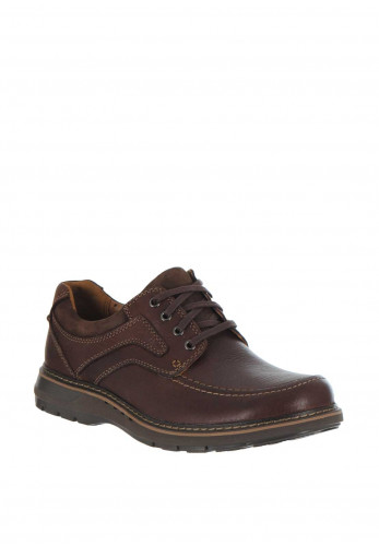 Clarks Unstructured Leather Lace on Shoe, Brown