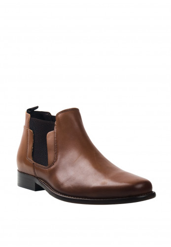 Escape Garland Leather Chelsea Boot, Syrup