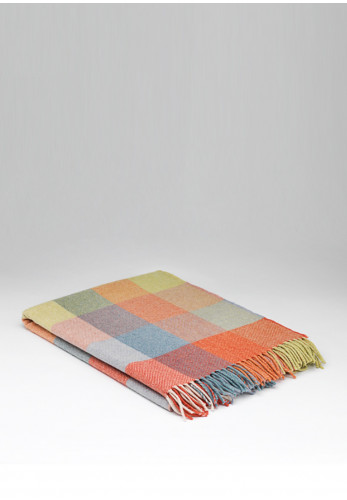 Mc Nutt of Donegal Super Soft Starburst Check Throw