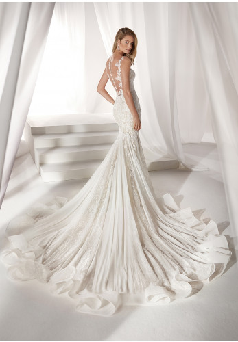 Nicole 19040 Wedding Dress