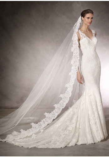 Pronovias Kaur Wedding Dress