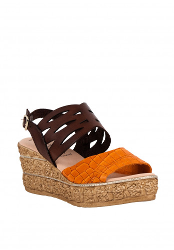 Puche Womens Laser Cut Wedged Shoes, Orange & Brown