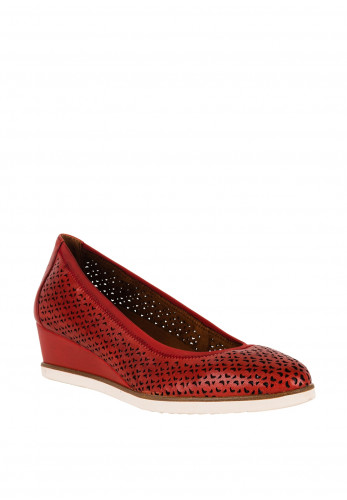 Tamaris Womens Leather F Fit Wedged Laser Cut Pumps, Red