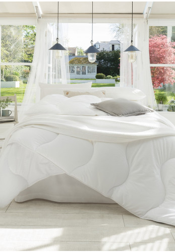 The Fine Bedding Company Four Seasons Duvet