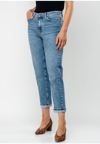 Vero Moda Sara MR Relaxed Straight Leg Jeans, Light Blue