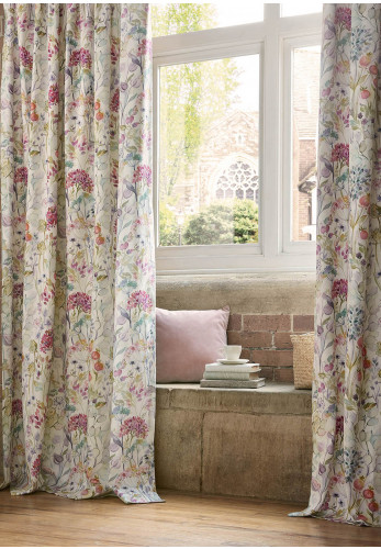 Voyage Maison Country Hedgerow Eyelet Curtains, Lotus