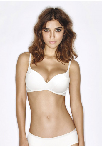 Wonderbra Ultimate Silhouette Wireless T-Shirt Bra, White