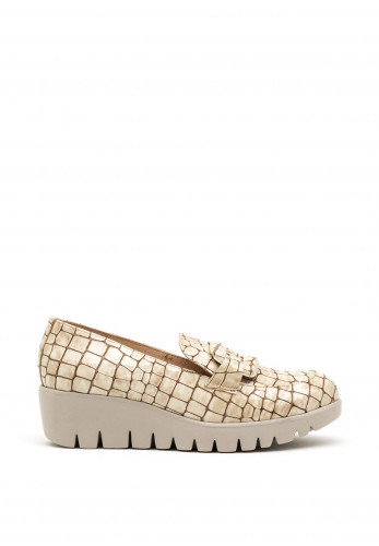 Wonders Fly Patent Leather Croc Loafers, Beige
