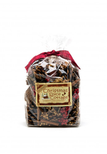 Enchante Christmas Spice Cottage Pine Cones and Berries Decoration