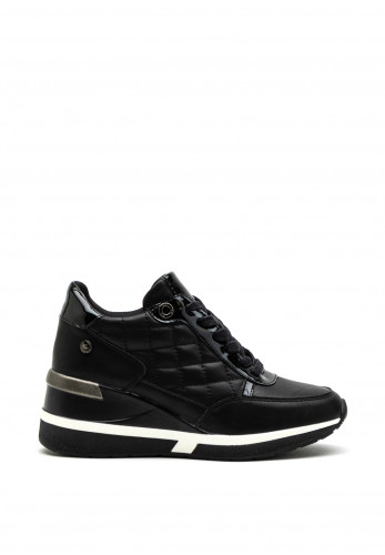 Xti Womens Quilted Faux Leather Wedge Trainer, Black