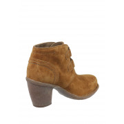 clarks ladies tan ankle boots